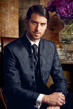 WILVORST PRESTIGE | www.wilvorst.de | #WILVORST #PRESTIGE #highendfashion #Anzug #suit #italienischesDesign #italiendesign #exklusiv #hochwertig #Trend #wedtime