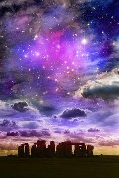 Amazing starry sky over Stonehenge - Wiltshire, England