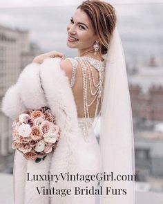 Make It The Wedding Of Your Dreams – Fashion Trends Winter Wedding Fur, Winter Bride, Fall Wedding, Vintage Fur, Vintage Bridal, Gatsby, Winter Wedding Inspiration, Glamour, Brides And Bridesmaids