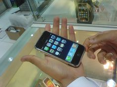 """LIKE OMG   we touched an iphone :P  we were at """"home electronics""""(a famous electronics hypermarket) the other day with my friends and then saw THE iPHONE  we were able to test it and see it   thanx to the really nice salesman who gave us the chance :P     win an iphone"""
