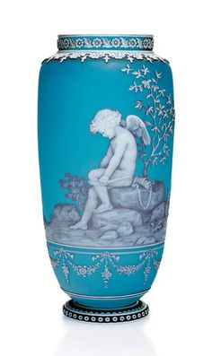 Thomas Webb and Sons cameo glass vase, acid etched, designed by George Woodall, allegorical vase of Cupid, c. Art Nouveau, Perfumes Vintage, Laser Art, Antique Art, Antique Vases, Vintage Vases, Roman Art, Fenton Glass, Art Object