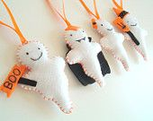 4 felt ghost ornaments