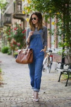 I love the idea of wearing dungarees with heels.