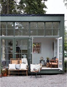 Exterior Design, Interior And Exterior, Interior Modern, Interior Paint, Casas Containers, Turbulence Deco, Tiny House Design, Scandinavian Home, Cheap Home Decor