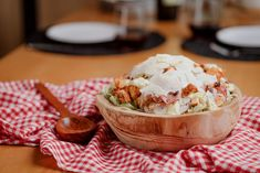 Caesar's salad Caesar Salad, Camembert Cheese, Low Calories, Food, Essen, Meals, Yemek, Eten