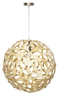 Laurie Lumière, luminaires, éclairage, suspension en bois, jeux de lumière, esprit scandinave, déco nature.