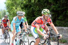 Videos  Photos - Critérium du Dauphiné 2014 - CDD 2014 - Etape 7 - Ville-la-Grand / Finhaut-Emosson - 14/06/2014 - Le peloton dans l'ascension de la Forclaz © / B.Papon