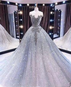 Wedding Dress Black, Country Wedding Dresses, Princess Wedding Dresses, Dream Wedding Dresses, Wedding Gowns, Lace Wedding, Disney Wedding Dresses, Princess Ball Gowns, Luxury Wedding Dress
