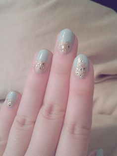 seafoam and gold nails :)