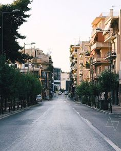 Ευτυχώς πάμε και σούπερ μάρκετ και βγαίνουμε εκτός Athens, Street View, Athens Greece