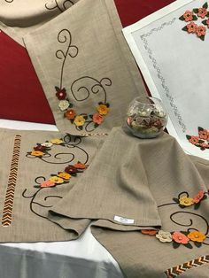 Crewel Embroidery, Salons, Burlap, Aprons, Dots, Needlepoint, Drawings, Lounges, Cut Work