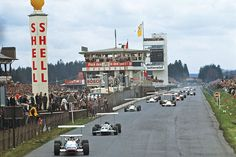 Eifelrennen 1969 - Jackie Stewart ahead of Graham Hill at the Formula 2 race