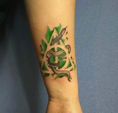 Here are 35 gorgeous Slytherin tattoos for all the Harry Potter fans. Harry Tattoos, Fandom Tattoos, Harry Potter Tattoos, Body Art Tattoos, Half Sleeve Tattoos Designs, Tribal Sleeve Tattoos, Tattoo Designs, Crest Tattoo, Pride Tattoo