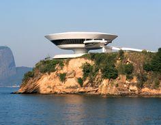 Oscar Niemeyer, Niterói Contemporary Art Museum (1996), Rio de Janeiro, Brazil