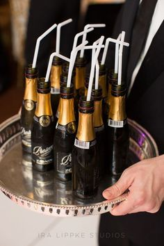Wedding Food Mini Prosecco bottles with straws keep the party going - A breathtaking Vera Wang gown dictated the romantic, formal feel of this couple's Manhattan nuptials. Black Tie Party, Black Tie Wedding, Our Wedding, Wedding Reception, Wedding List, Wedding Bells, Wedding Stuff, Mini Prosecco Bottles, Mini Bottles