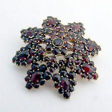 Bohemian Red Garnet 14 K Gold Star Burst Brooch Pin Victorian Vintage jewelry