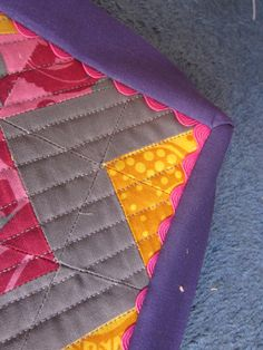 Mommy's Nap Time: No pins no handsewing binding: A tutorial.