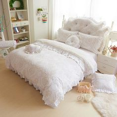 Yvonicky Super soft warm velvet bedding sets princess lace velvet coral fleece bed set with skirt three/four piece bedding sets. Subcategory: Home Textile. Velvet Bedding Sets, Cotton Bedding Sets, Luxury Bedding Sets, White Bedding, Girls Bedding Sets, Cheap Bedding Sets, Queen Bedding Sets, King Size Bed Sheets, Soft Bed Sheets