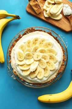 Absolutely delicious vegan banana cream pie! Crispy gluten-free crust, fluffy and silky cream center, and layered with 3 whole bananas!