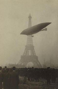 Deutsch.Preis  erste  Umrundung des Eifelturms Santos-Dumont