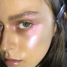 iridescent pink highlight