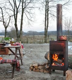Outdooroven oven, fireplace and barbeque-grill in one Weltevree