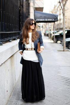 Maxi Outfits, Fall Fashion Outfits, Modest Fashion, Look Fashion, Girl Fashion, Stripped Maxi Skirts, Maxi Skirt Boho, Zara, Looks Style