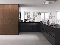 SieMatic presenta su nueva colección de chapados de madera, bisagras lineales y estructuras de los muebles en color blanco