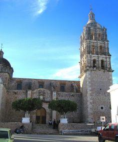 Entrada principal a iglesia en #Alamos, #Sonora #Mexico por Michael R. Swigart en Flickr