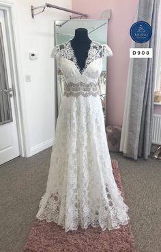 Mon Cheri Wedding Dresses, 2015 Wedding Dresses, Bridal Dresses, Gown Wedding, Wedding Blog, Ball Dresses, Ball Gowns, Sophisticated Bride, Lace Weddings