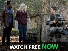 """iZombie -- """"Patriot Brains"""" -- Image Number: -- Pictured (L-R): Malcolm Goodwin as Clive Babineaux, Rose McIver as Olivia """"Liv"""" Moore and Jake Guy as Harris -- Photo: Cate Cameron/The CW -- © 2015 The CW Network, LLC. All rights reserved. Izombie Season 1, Izombie Tv Series, Rose Mciver, Patriots Game, Watch Full Episodes, The Cw, Bradley Mountain, Tv Shows, Guys"""