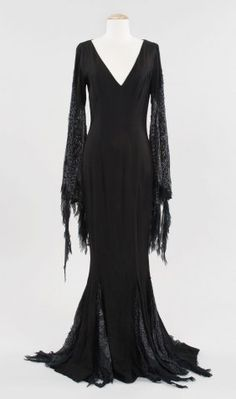 Morticia Addams dress from Addams Family Values : Lot 900