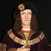 "Richard III 1483-1485  Because of the controversy over his two nephews the ""Princes in the Tower"" Richard was not popular. He was however a very skilled and brave King.  Richard III was the last King to die in battle, being defeated by his cousin Henry Tudor at the famous battle of Bosworth in 1485.  He was the last of the Plantagenet Kings."