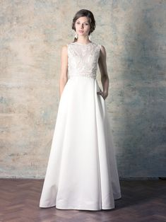 rochie de mireasă cu buzunare și broderie simplă și fustă groasă tip duchess Couture Dresses, Wedding Dresses, Collection, Fashion, Bohemia, Embroidery, Haute Couture Dresses, Bride Dresses, Moda