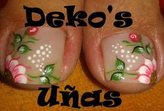 Trabajos de este Spa, que son una obra de arte... Deko's SPA Cute Toe Nails, Toe Nail Art, Pretty Nails, My Nails, Pedicure Designs, Toe Nail Designs, Basic Nails, Cute Pedicures, Summer Toe Nails