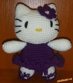 Vzhlem k tomu, že se mi množí žádosti o zaslání návodu na Kitty, dávám ho rovou sem. Myslím, že v ča... Hello Kitty Amigurumi, Badtz Maru, Barbie, Fictional Characters, Art, Hello Kitty Stuff, Free Pattern, Kitty, Crocheting