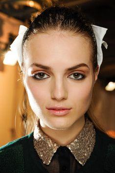 Black Eyeliner Missoni - 12 Makeup Looks to Wear this Fall