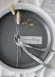 Dried bunny tail grass placesetting