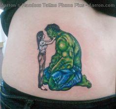 hulk betty calms him down Mom Tattoos, Cute Tattoos, Tatoos, Tattoos For Women, Hulk Tattoo, War Tattoo, Football War, Avengers Tattoo, Hulk Art