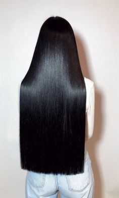 Long Straight Black Hair, Long Silky Hair, Long Dark Hair, Super Long Hair, Black Hair Inspiration, Black Hair Aesthetic, Haircuts Straight Hair, Hair Addiction, Dark Red Hair