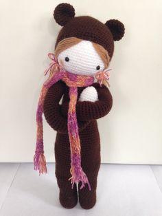 BINA the bear made by Nicole W. / crochet pattern by lalylala