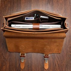 "Handmade Superior Leather Briefcase / Leather Messenger Bag - with a 13"" 15"" MacBook / 14"" 15"" Laptop Sleeve"