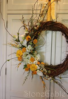 Stone Gable's tutorial for how to create this beautiful wedding wreath