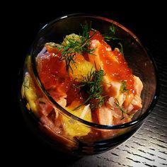3 Saumons aux 3 agrumes. Frais mariné, fumé, oeuf avec pamplemousse, orange et clémentines.