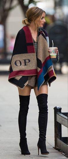 Olivia Palermo- Stuart Weitzman black suede boots