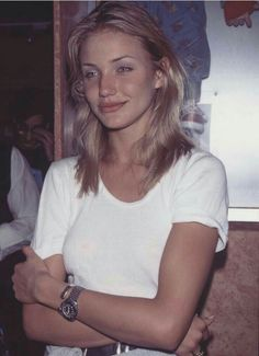 So I take every opportunity''-Cameron Diaz Pretty People, Beautiful People, Beautiful Women, Beautiful Celebrities, Moda Grunge, Jenifer Aniston, 90s Girl, Woman Crush, 90s Fashion