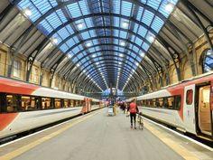On the road (train) again... #LoveLondon but it's always nice to escape.  #travel #lovegreatbritain #england #daytripping #train #travelwithfathom #travelingourplanet #wanderlust #strangersinmyfeed #travelblogger #mischief #latergram #iamatravelette #mytinyatlas #mytravelgram #bbctravel  #passionpassport #cntraveler #cntravelereats #whereitravel #yourtravellist