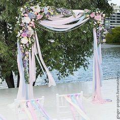 Оформление свадебной церемонии цветами в Москве