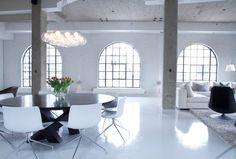 Epoxy Floor Design Ideas, Pictures, Remodel and Decor Loft Design, House Design, Loft Stil, Modern Family Rooms, Modern Living, Modern Loft, Modern City, Metallic Epoxy Floor, Painted Concrete Floors