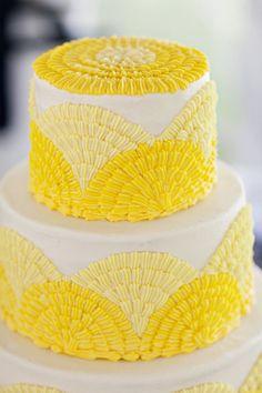 yellow cake design